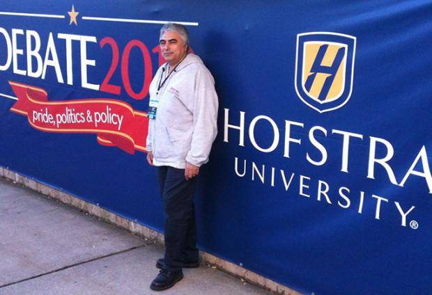 Briscoe-Technician-Hofstra-Presidential-Debate-1
